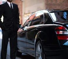 Bindiği uber taksi içerisinde maske takmayı reddedip, sürücüye bilerek öksüren kadın tutuklandı.